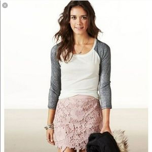 American Eagle Blush Crochet Lace Skirt Sz 4